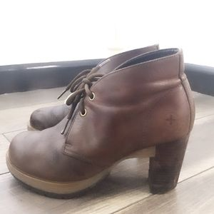Dr Martens leather heeled booties sz 8.5